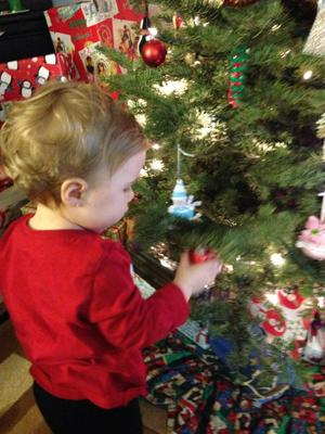 Shayna Rose helped with the Christmas tree too!